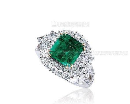 2.39克拉 天然哥伦比亚祖母绿配钻石戒指