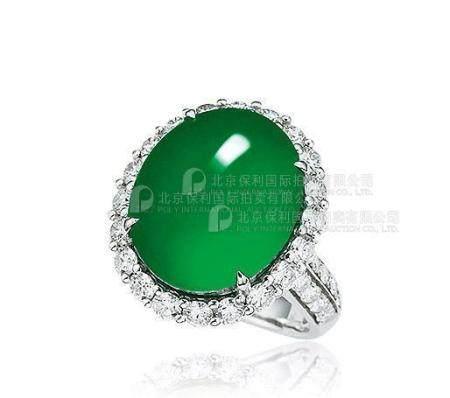 天然满绿翡翠蛋面配钻石戒指