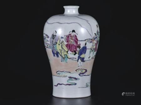 粉彩八仙人物梅瓶