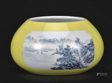 黄釉开窗料彩山水纹洗