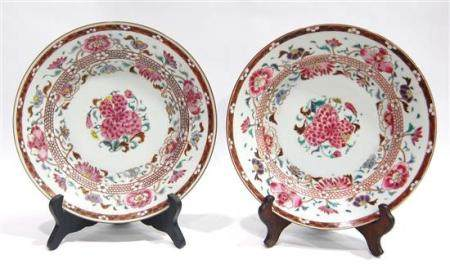 A Pair of Chinese Export Dishes Painted with Peony Roses in