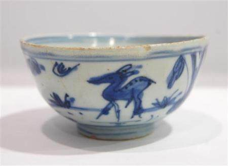 A Chinese Underglaze Blue Freely Painted Bowl, Ming Dynasty,