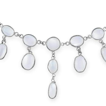 MOONSTONE NECKLACE set with cabochon moonstones, 48cm,