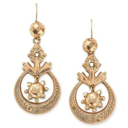 ANTIQUE ARTICULATED GOLD EARRINGS with an articulated