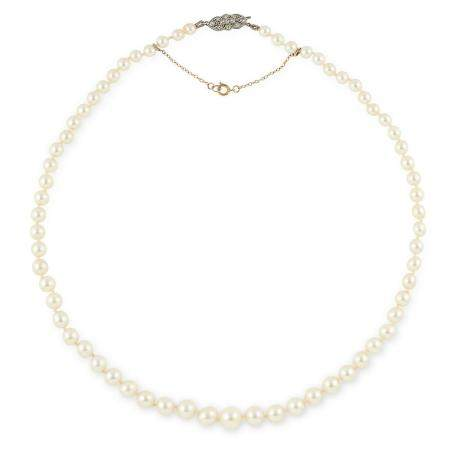 PEARL BEAD NECKLACE comprising of a single row of