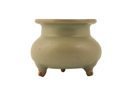 GREEN JUNYAO TRIPOD CENSER, NORTHERN SONG / JIN DYNASTY