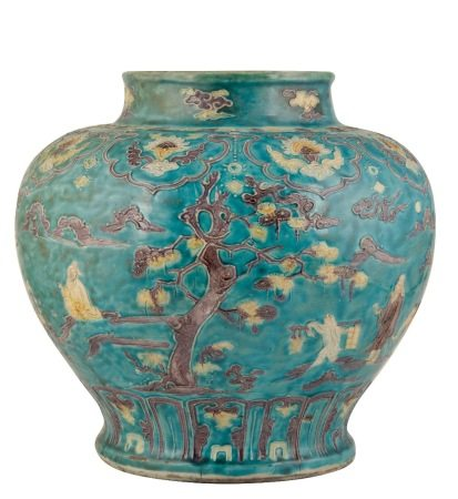LARGE FAHUA TURQUOISE-GROUND BALUSTER JAR (GUAN), MING DYNASTY, EARLY 16TH CENTURY