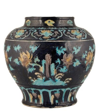 LARGE FAHUA DARK-BLUE GROUND BALUSTER JAR (GUAN), MING DYNASTY, EARLY 16TH CENTURY