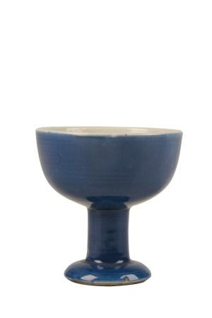BLUE-GLAZED STEM CUP, TRANSITIONAL PERIOD