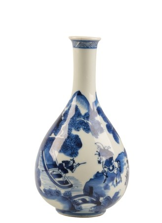 BLUE AND WHITE PEAR-SHAPED VASE, KANGXI PERIOD