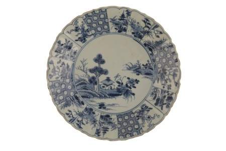 BLUE AND WHITE FOLIATE-FORM DISH, KANGXI PERIOD