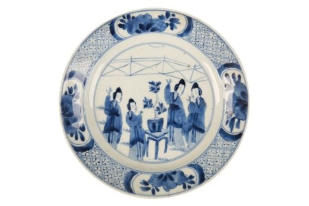 BLUE AND WHITE DISH NARRATIVE DISH, KANGXI PERIOD