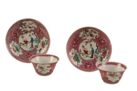 PAIR OF FAMILLE ROSE RED-GROUND 'EGGSHELL' TEABOWLS AND SAUCERS, YONGZHENG / QIANLONG PERIOD