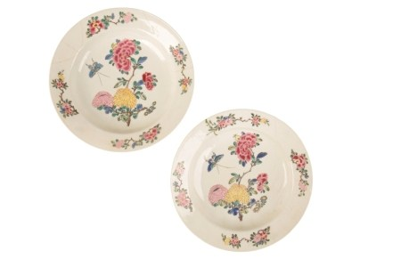 PAIR OF FAMILLE ROSE 'EGGSHELL' SAUCER DISHES, YONGZHENG PERIOD
