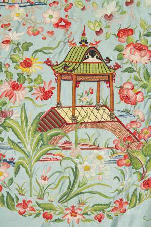 LARGE SILK-EMBROIDERED BEDSPREAD, JIAQING / DAOGUANG