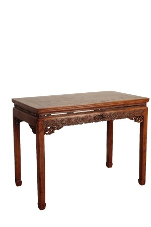 CARVED HONGMU AND ELM CORNER LEG TABLE, QING DYNASTY 17TH / 18TH CENTURY