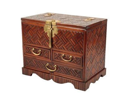 BAMBOO VENEERED TABLE CABINET, LATE QING / REPUBLIC PERIOD