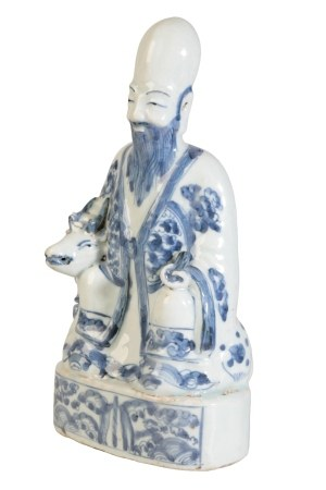 BLUE AND WHITE FIGURE OF SHOU LAO AND DEER, WANLI PERIOD