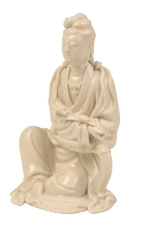 BLANC DE CHINE FIGURE OF GUANYIN, KANGXI PERIOD