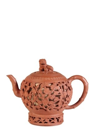 FINE DOUBLE-WALL YIXING STONEWARE TEAPOT AND COVER, KANGXI PERIOD