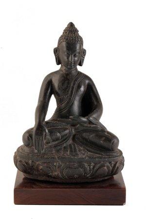 CARVED BLACK STONE BUDDHA, TIBET, 16TH - 18TH CENTURY
