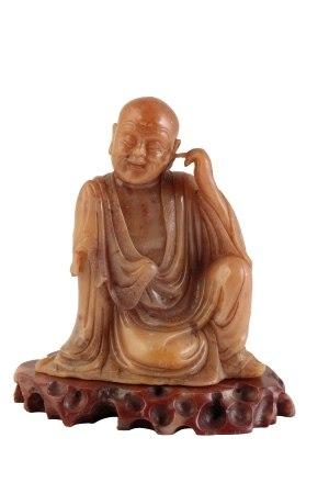 GOOD SOAPSTONE SEATED BUDDHA, QING DYNASTY, 18TH CENTURY