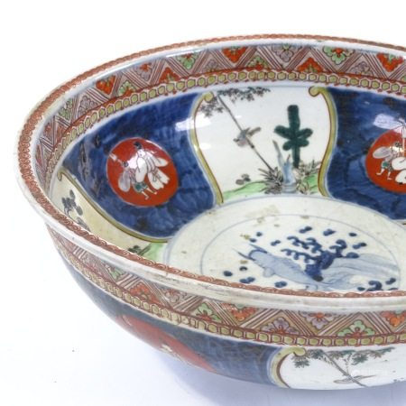 A Chinese porcelain bowl with painted decoration, diameter 29cm