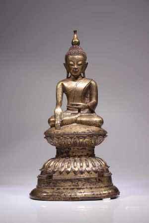 BUDDHA IN BHUMISPARSHA MUDRABronze, two adorants missingBirma, 17th / 18th centuryDimensions: