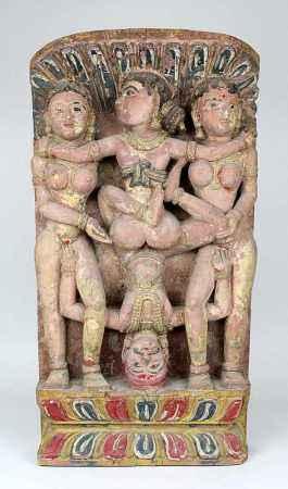 Indisches Holzrelief, tantrische Szene, um 1900, tropisches hartes Holz mit geschnitzter Darstellung