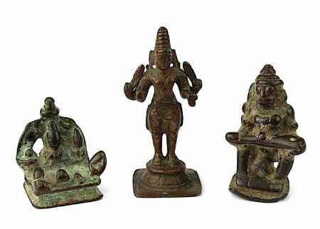 3 Miniatur-Bronzefiguren, Südindien 17.-19. Jh., bestehend aus: Vishnu, stehend auf rundem