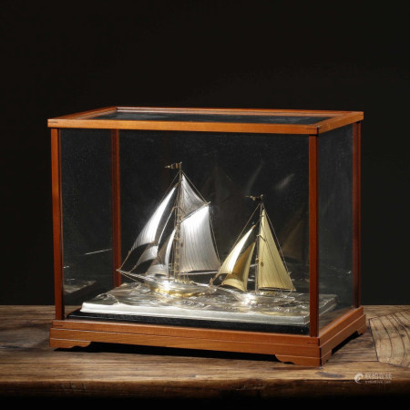 STERLING SILVER SAILBOAT MODEL