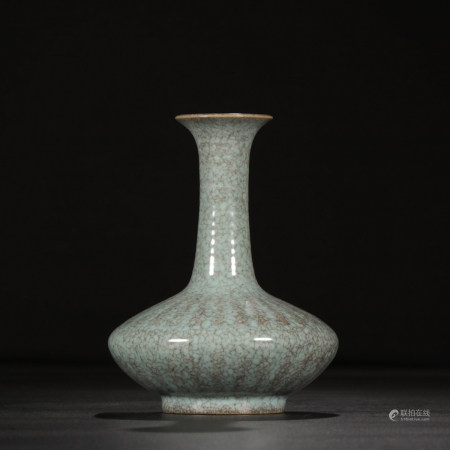 RUYAO PORCELAIN VASE, SONG DYNASTY