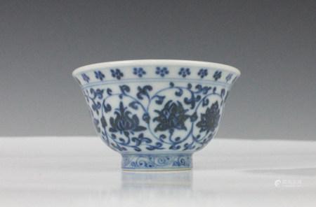 BLUE WHITE PORCELAIN BOWL