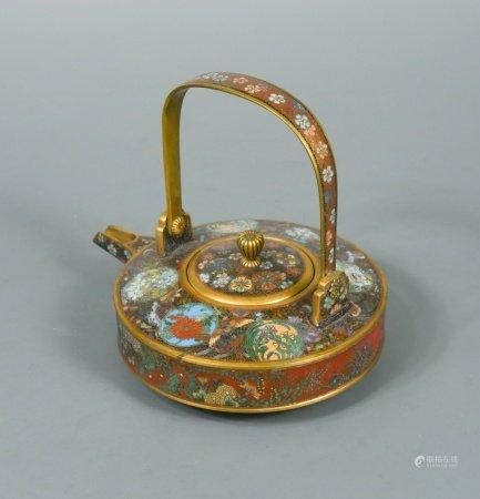 A Japanese cloisonne enamel teapot and cover, attributed to Namikawa Yasuyuki (1845-1927),