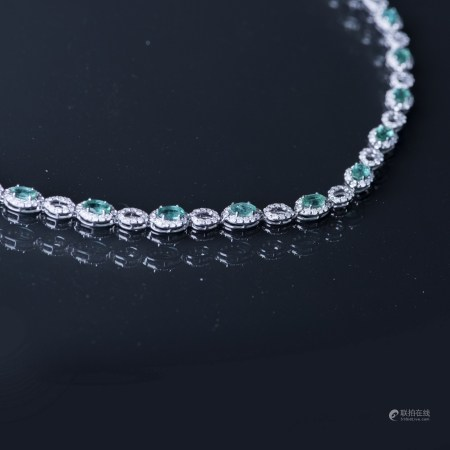 AN EMERALD & DIAMOND NECKLACE, AIG CERTIFIED