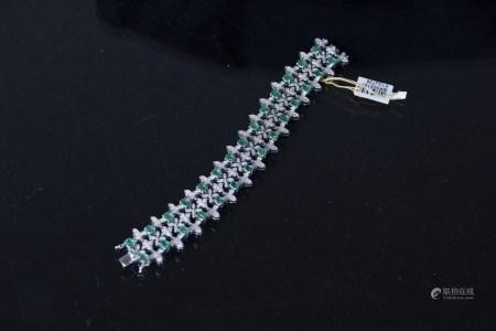 AN EMERALD & DIAMOND BRACELET, AIG CERTIFIED