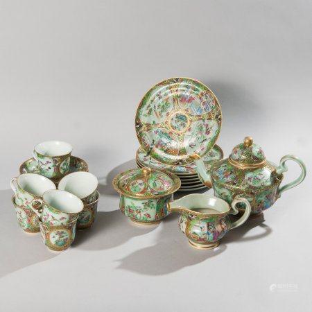 Porcelain tea set with polychrome decoration...