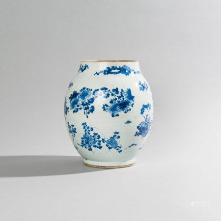 An olive-shaped vase in blue and white Chinese...