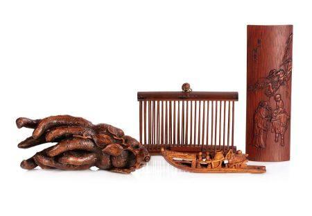 CHINE FIN XIXE-DÉBUT XXE SIÈCLE Lot de quatre objets en bambou, dont une main de Bouddha, une c