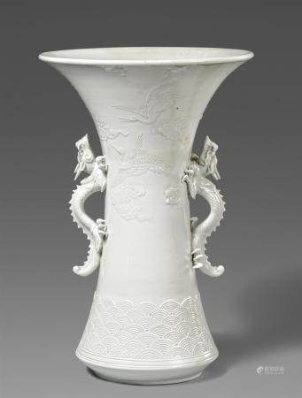 A large Hirado vase. Mid-19th century