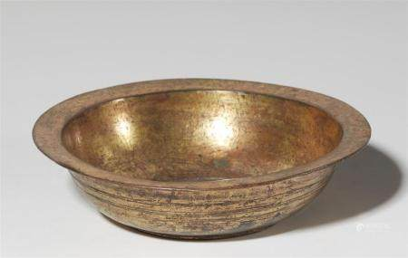 A gilded bronze bowl. Zhou dynasty