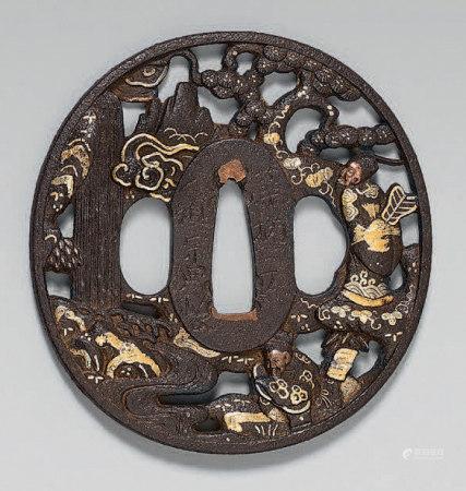 Tsuba en fer ajouré, rehaussé or, argent et cuivre représent