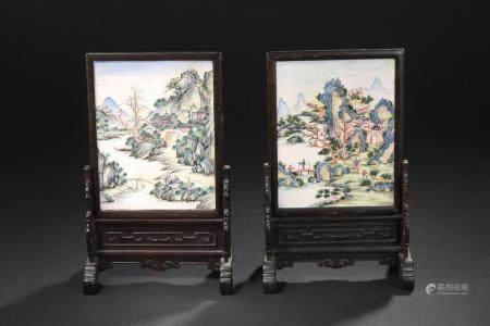 Paire d'écrans de table en émaux de CantonChine, fin du XIXe-