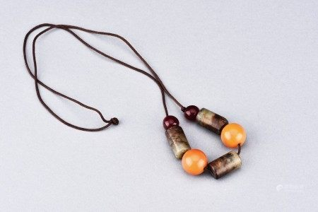 ARCHAIC JADE AND AMBER NECKLACE
