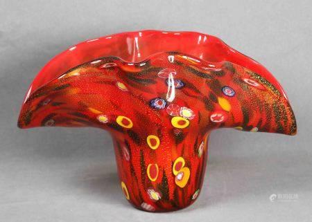 MURANO. Jarrón italiano.  Jarrón en cristal de MURANO en color rojo, con [...]