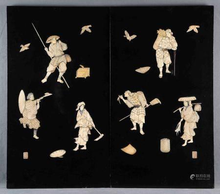 Pareja de plafones japoneses, finales S.XIX. Lacados en negro, con decoraciones en [...]