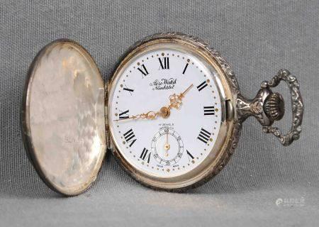 Reloj saboneta, de la marca suiza AÉRO WATCH, NEUCHÂTEL. En plateado, con esfera [...]