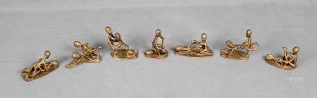 Colección de 7 figuras eróticas africanas. En bronce. Procedentes de Gabón, [...]
