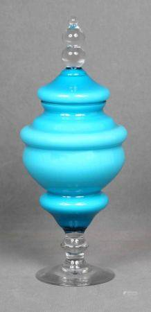 MURANO. Bombonera italiana en forma de gran copa. En cristal de MURANO, en color [...]