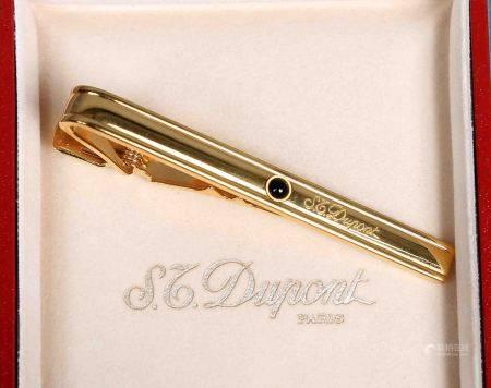 Pisacorbatas, de la firma DUPONT. En dorado, decorado con piedra negra. En su estuche [...]